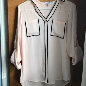 Express Tops - Cream/pink button down